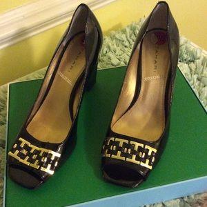Tahari patent peep toe heels size 8 1/2